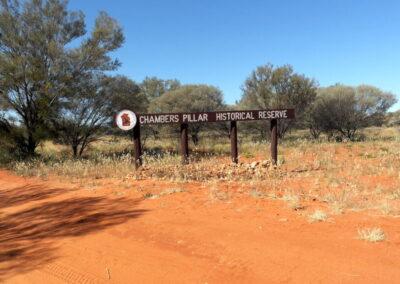 Eingang zum Chambers Pillar Historical Reserve - Northern Territory